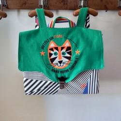 Cartable artisanal maternelle école primaire broderie tigre vintage personnalisé backtoschool tiger casse-bonbons vert