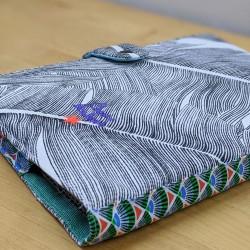 Protège cahier toucan brodés feuillage tropical cadeau de naissance original personnalisé personnalisable