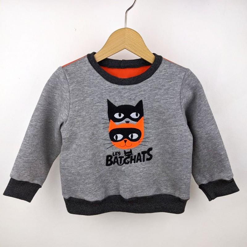 Sweat-shirt artisanal bébé fabrication française broderie chat super héros   comics original création